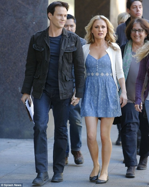 Stephen Moyer and Anna Paquin on their way to shoot an HBO commercial.